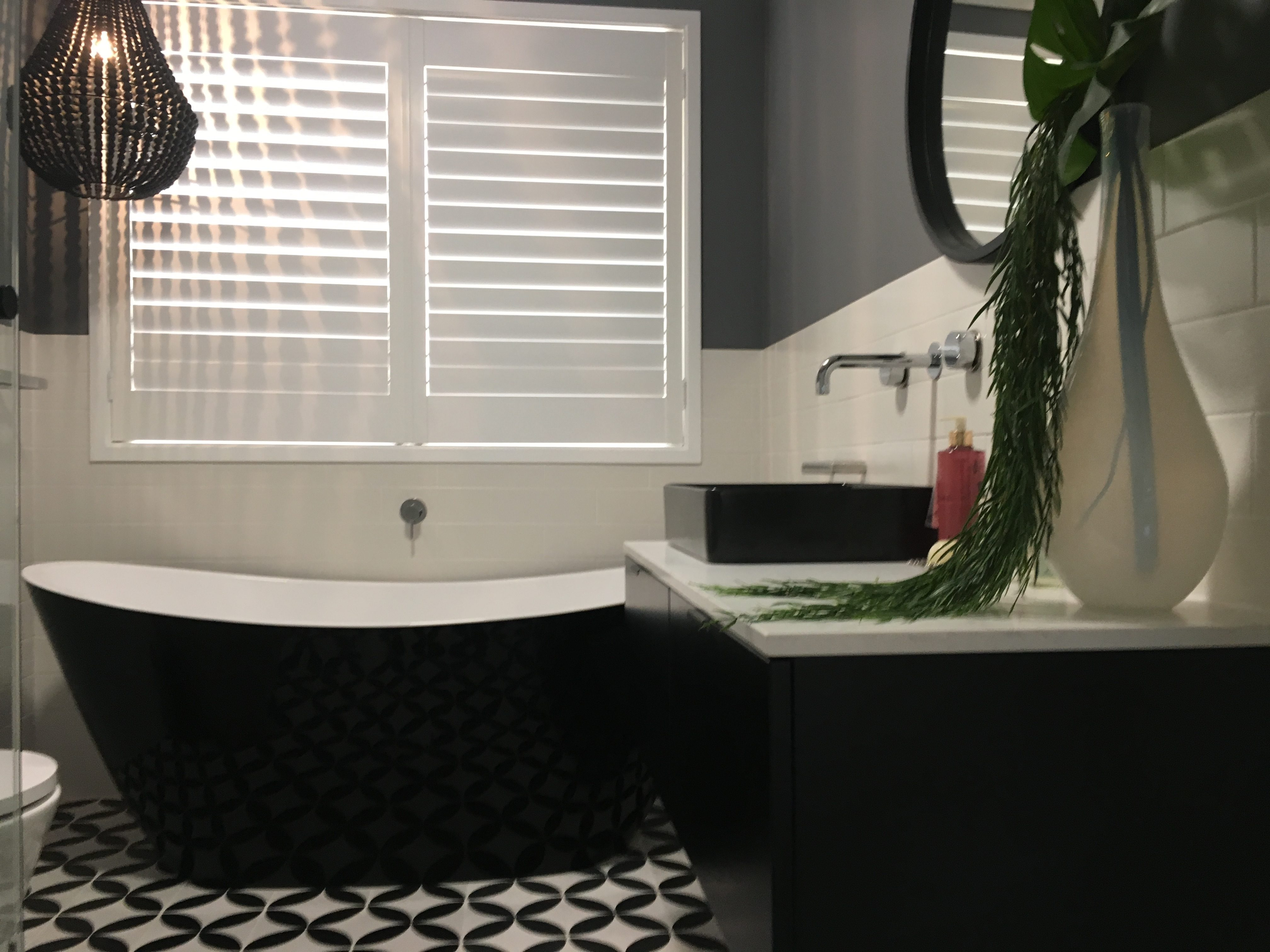 How To Renovate Your Bathroom On A Budget Master Bathrooms - Renovate your bathroom