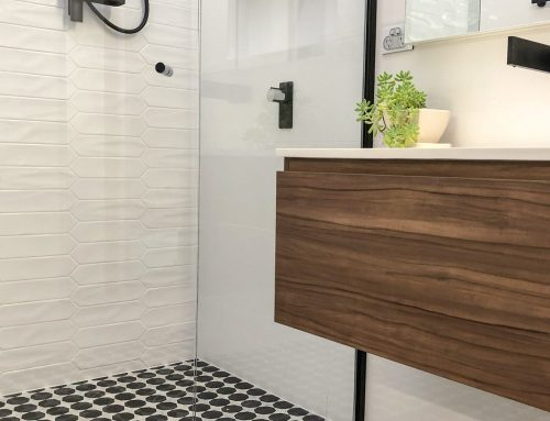 How to create that wow factor in small bathrooms|Master Bathrooms & Kitchens|Bathroom Renovations