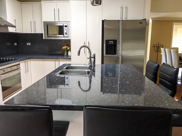 Polyurethane kitchen with Zip Water Classic HydroTap